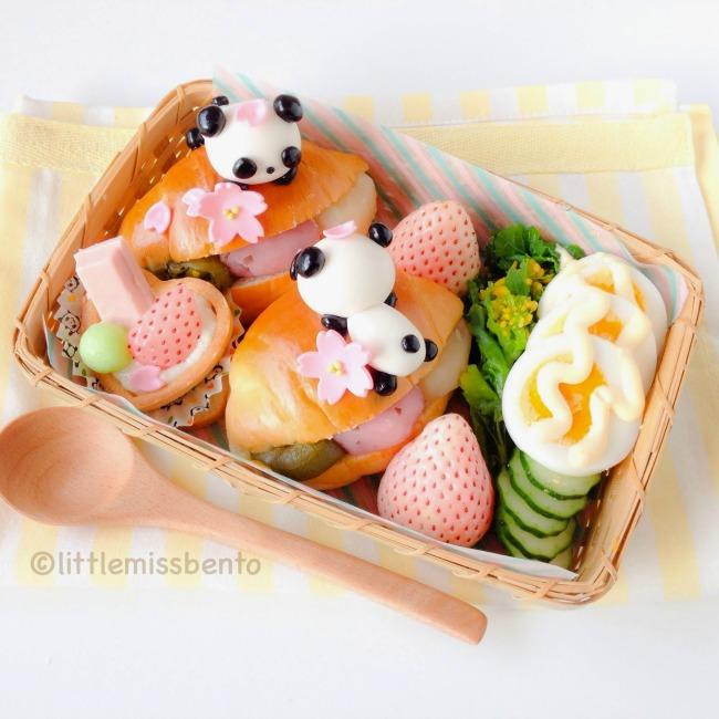 Panda Sakura Sandwich Bento (3)