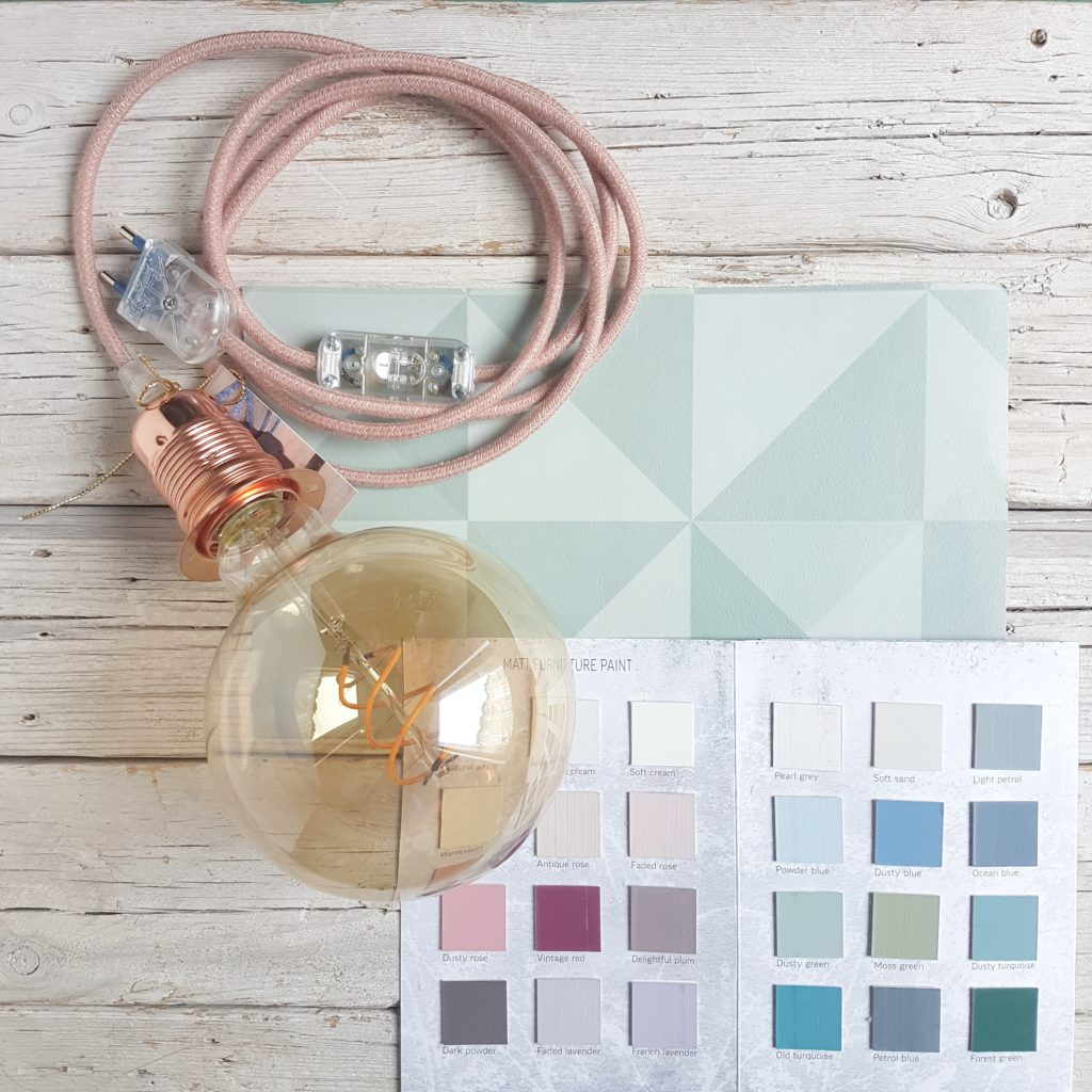 palette e lampada